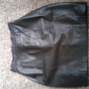 Wilson Leather black mini skirt size 8